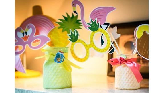 Décoration et accessoires paradis tropical : Soirée à thème tropique